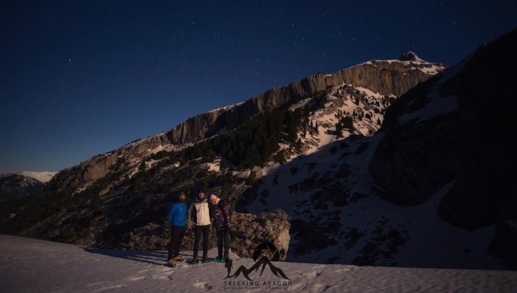Raquetas nocturna Pirineos